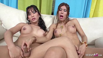 TS Vanessa Fuck Shemale Melanie Deep Anal and Cum Together 19分钟