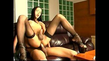 Asian enjoying tranny jenny sucking him off before anal