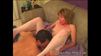 Oral fun for mature housewife