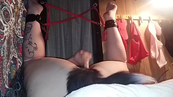 Bedroom Pussyba ng With Toys And Dp (clips) d Dp (clips)