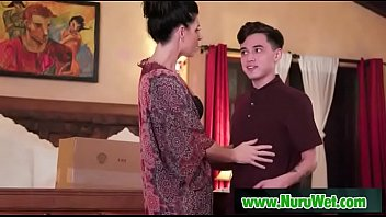 Milf Masseuse Gives Nuru Gel Massage - India Summer Juan Loco