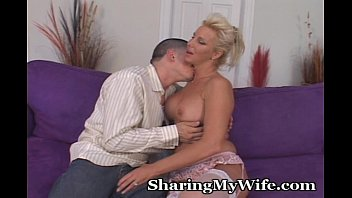 Avy lee roth nude - Older lady desires younger cock to fill her eager pussy