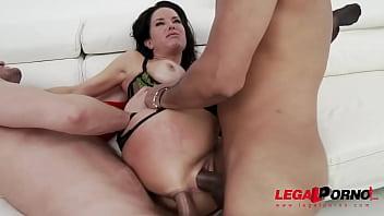 American MILF Veronica Avluv no holes barred super squirt session Vorschaubild