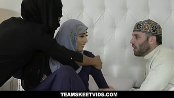 Muslim Mom Wants To Have Her Arab Daughter Violet Myers Pregnant And Locks Her Up In Room With Some Dude That Can Fertilize Her!