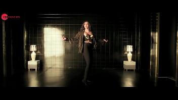 Sonam kapoor dancing porn image