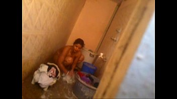 Bangalore nude madhu aunty washing cloth