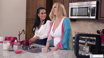 Mature Lesbian Lovers - Julia Ann and Tia Cyrus - Girlsway thumbnail