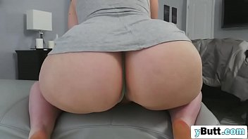Chick with juicy ass riding long black boner