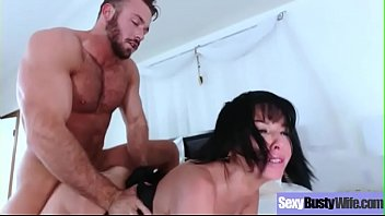 Busty Slut Wife (Veronica Avluv) In Hardcore Sex Action mov-30