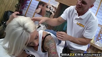 Automotive retailer ass - Lolly ink, johnny sins - retail therapy - brazzers