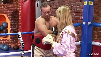 Horny Dude Teaches her how to Box with his Hard Dick