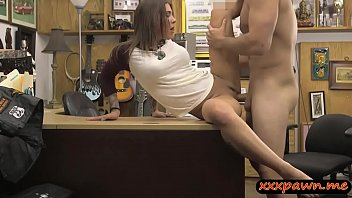 Lovely amateur brunette babe screwed by pawn keeper