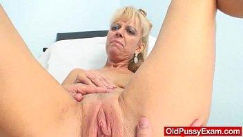 Blond-haired grandma Anezka muff speculum exploration