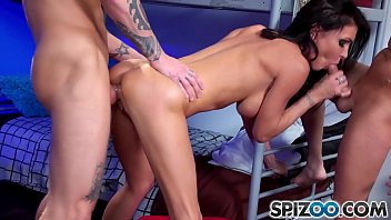 Spizoo- SuperstarJessica Jaymes is fuked by two big hard dicks, big boobs