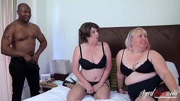 Lesbienele grase se fut maxim cu mai multi barbati doriti de pizda