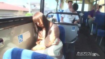 痴漢路線バス ~居眠り厳禁中出しの旅~ 牧野絵里