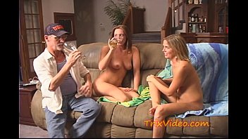 College BABES turn BI SEXUAL
