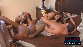 First time swingers get with another couple in a foursome Vorschaubild