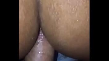 Rabo apertado da mulata, rebola mas não engole a rola grossa