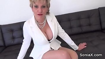 Cheating british mature lady sonia flashes her monster knockers