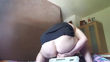 Gay guy test Chubby gay guy test riding his first dildo