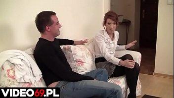 Polskie porno - Zamiast się kłócić kto tym razem posprząta mieszkanie, można połączyć przyjemne z pożytecznym