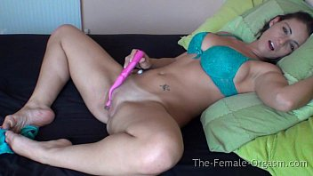 How does a female masturbation - Ashayia lucia masturbates to multiple orgasms