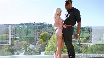 Jules Jordan - Dredd Challenges Blonde Beauty Alex Grey