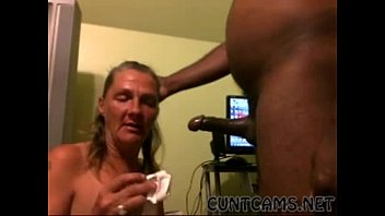 Deep in grandma s ass Toothless granny paying rent with her throat - more at cuntcams.net