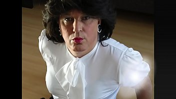 Transvestite satin blouse Controlled by smartphone