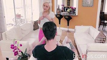 18yo SISTER seduces OLD BROTHER- Cleo Vixen 8 min