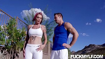 Anna Bell Peaks Track And Feel