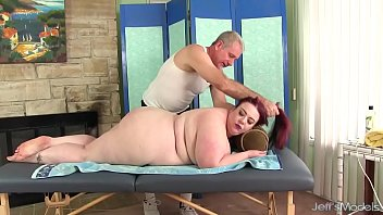 Big boobed BBW Miss Ladycakes gets a sex massage Thumb