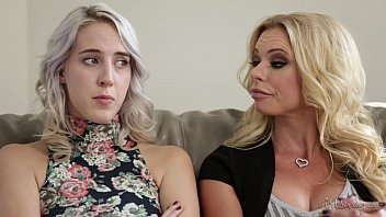 Teaching mom and step-daughter - Cadence Lux, Briana Banks, Sandy Fantasy