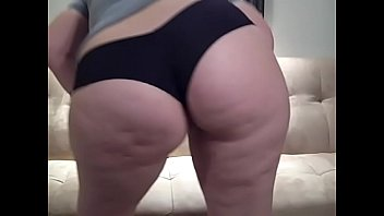 PAWG in Booty Shorts Shakes Big Ass