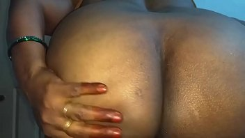 Hot Mallu Aunty Nude Selfie And Fingering For father in law