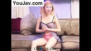 Korean girl pissing