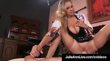 Super Hot Mom Julia Ann Rides Slave Boy Face With Moist Muff