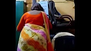 Swathi naidu doing makeup for shoot