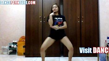 pinay teen dancing. VERY SEXY