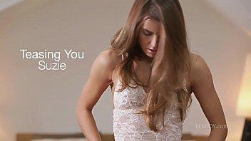 Suzie Carina cums for you thumbnail