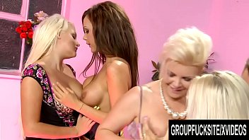 Group Fuck Site - A Royal Reverse Gangbang with Five Busty Blondes