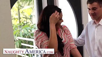 Streaming Video Naughty America London Keyes visits her sugardaddy for his pleasure - XLXX.video
