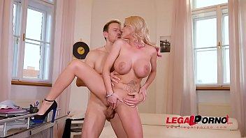 Top-heavy blondie Rachel Richey gets her tight asshole fucked hard &amp_ deep GP252