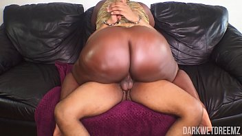 Big uncircumsized dick Big booty bbw getting active on the dick deleted scene