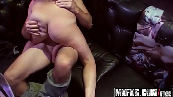 (Nicki Blue, Ryan Grey, Tiffany Kohl) - Bartenders Film Crazy Sex Tape - Real Slut Party