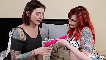Technique and de and masturbation Sisters teach each other masturbating techniques