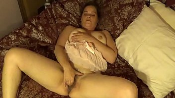 My ex fingers herself-Then friend eats her pussy and fucks her.MP4