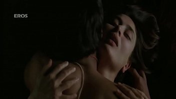Malika kapoor sexy gallery Kareena hottest backless sex scene