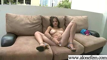 Alone Hot Girl Taped Playing With Sex Toys movie-03 video